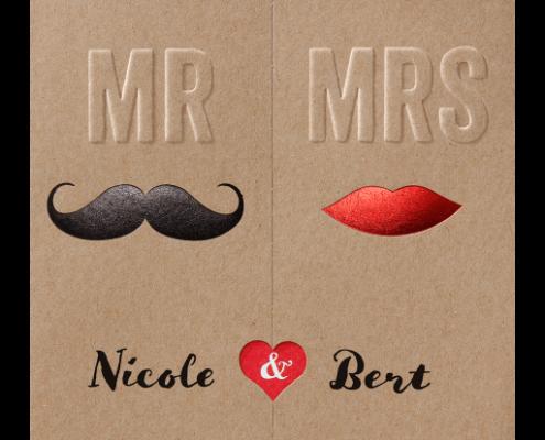 moderne Einladungskarte aus Kraftkarton, Vintage-Look, Hochzeitstorten modern