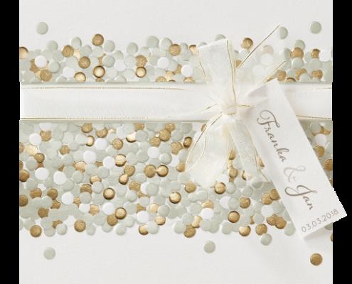 Hochzeitseinladung mit hochwertigem Heißfoliendruck in Gold, Hochzeitskarten quadratisch