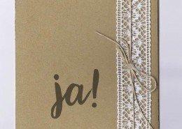 Einladungskarte mit Spitzenband, Kordel und Naturkarton, Hochzeitspapeterie rustikal