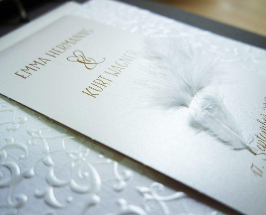 Hochzeitskarte, Vorderseite mit Feder, kreative hochzeitskarten