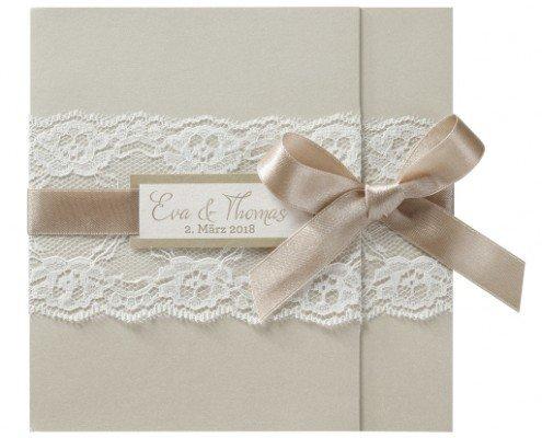 romantische Hochzeitskarte mit feiner Spitze, Hochzeitspapeterie edel