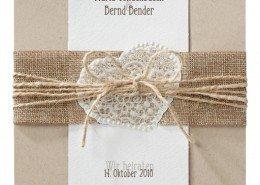 quadratische Klappkarte mit Band und Kordel, Hochzeitskarten Naturpapier