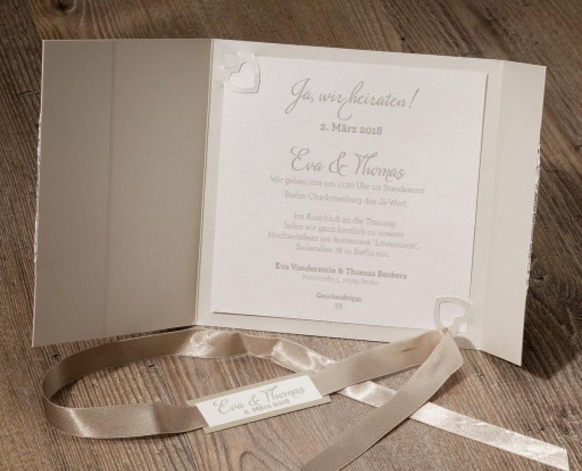 schöne Hochzeitskarte, schlichte Eleganz, verspielte Romantik, Hochzeitspapeterie drucken lassen