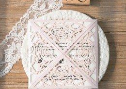 kunstvolle Hochzeitskarte, Rosen, Hochzeitskarten Lasercut
