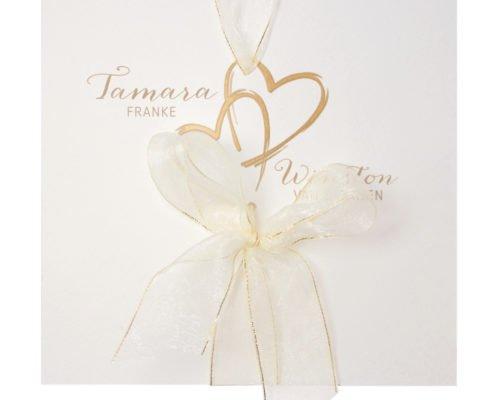 stilvolle Einladung mit Schleife, Goldfolie und Herzen-Illustration, Herz Druck Hochzeitspapeterie
