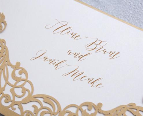 elegante Hochzeitskarte, goldener Edelkarton, Kalligraphie, hochzeitspapeterie kalligraphie