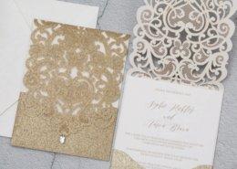 """Glamouröse Einladungskarte aus """"purem"""" Gold, Hochzeitspapeterie Gold"""