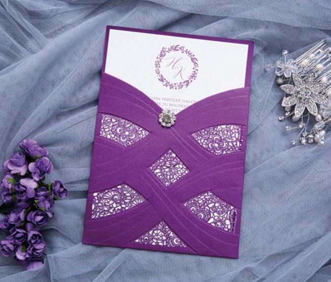 """exklusive Hochzeitskarte """"Purple Dream"""", Brosche, Lasercut, hochzeitskarten ausgefallen"""