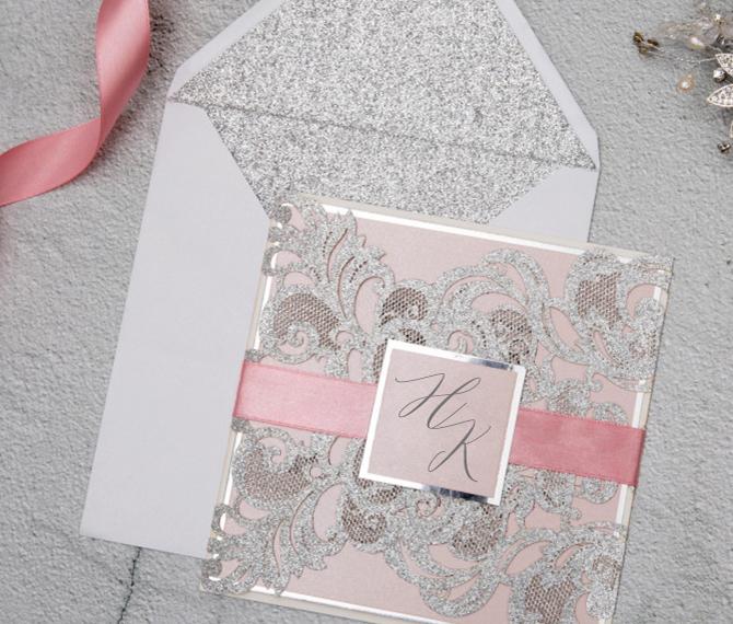 elegante Hochzeitskarte mit Satinband, Lasercut, Rosa-Silber, Hochzeitskarten Rose