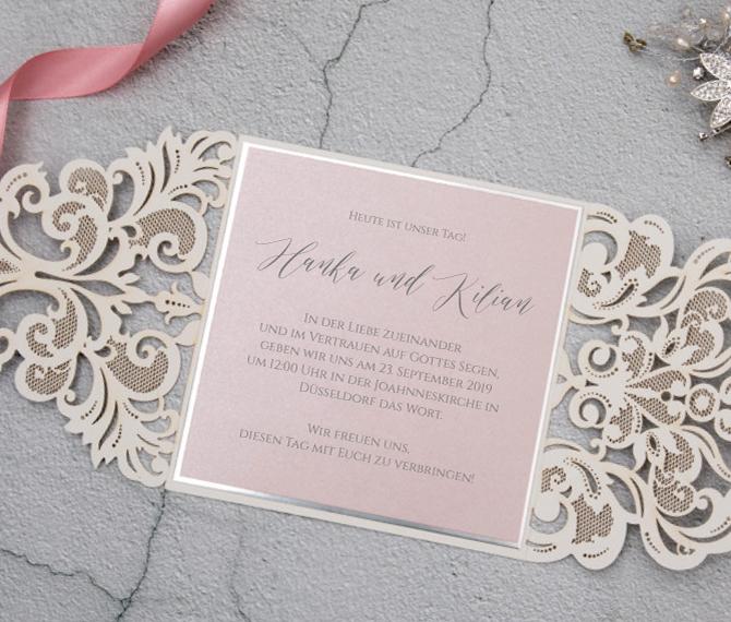 Einladungskarte, rosafarbene Einlegekarte, Lasercut-Technik,