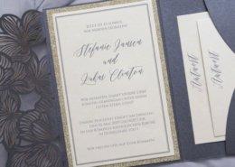 """Hochzeitskarte """"Black Beautyfeine"""", feine Typographie, Schwarz-Gold, Hochzeitskarten Lasercut"""