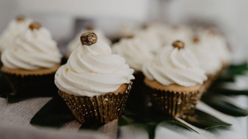 Vintage Hochzeit Cupcakes Gold