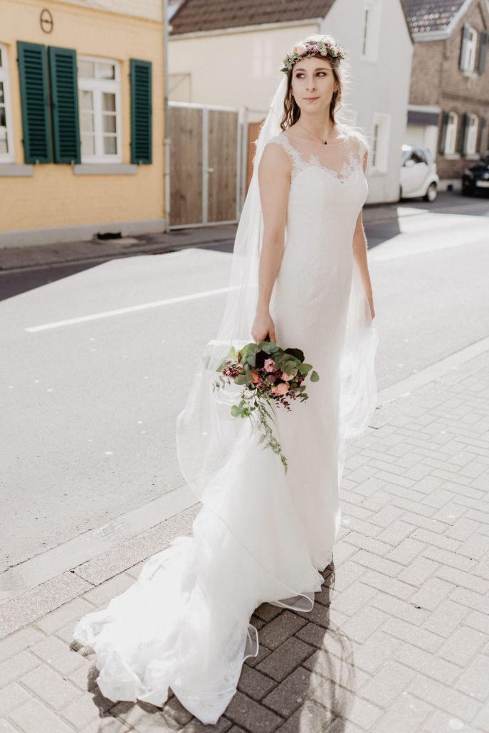 Vintage Brautkleid Spitze Blumen