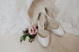 Vintage Hochzeit Brautkleid Brautschuhe